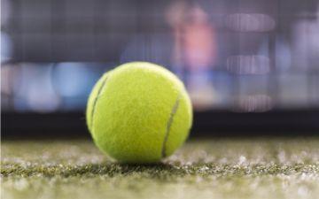 Освітлення тенісного корту