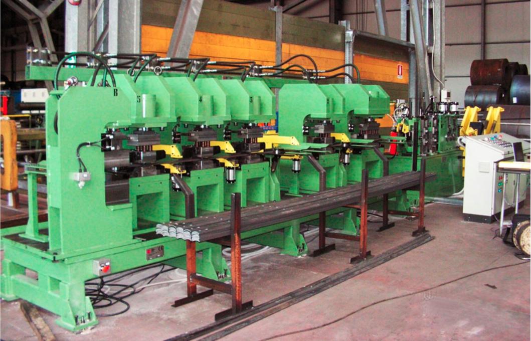 Устаткування для виготовлення опор ліній електропередачі