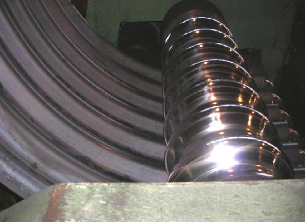 Устаткування для виготовлення металевих гофрованих конструкцій