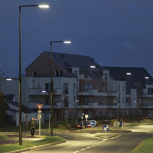 Вуличні опори освітлення